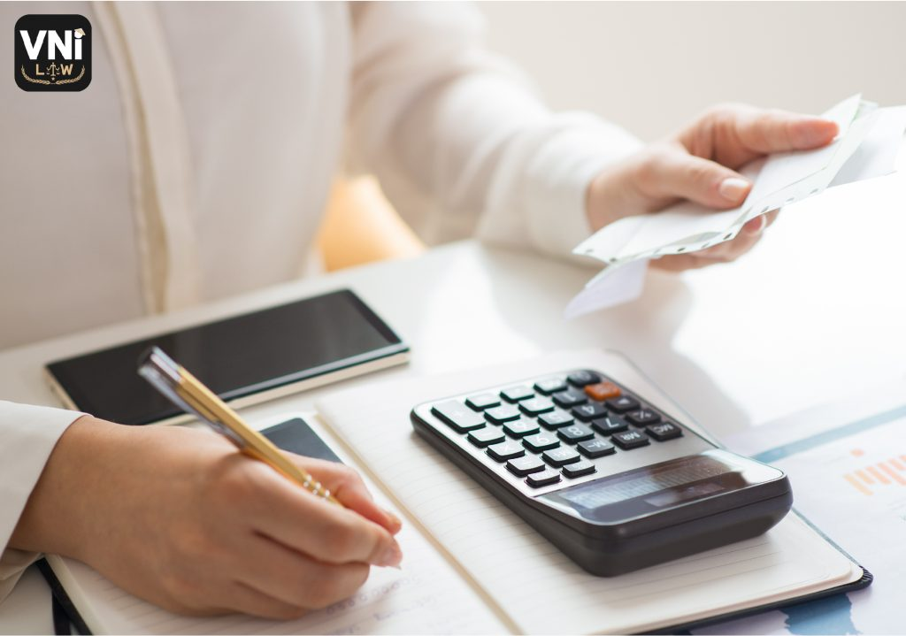Most-enterprises-have-a-chief-accountant-or-not-0